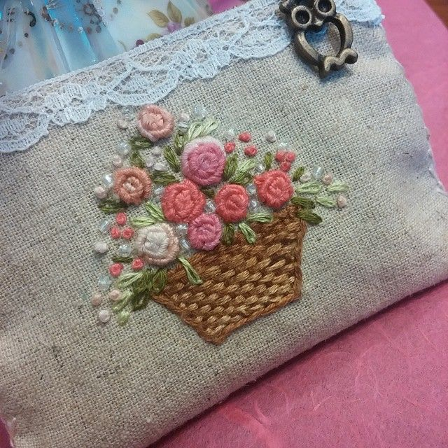 #Embroidery#stitch#프랑스자수#자수#일산프랑스자수#파우치#손안에 쏙 들어오는 미니파우치~