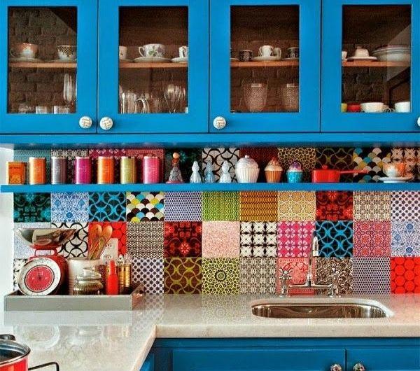carrelage-mural-coloré-cuisine-moderne