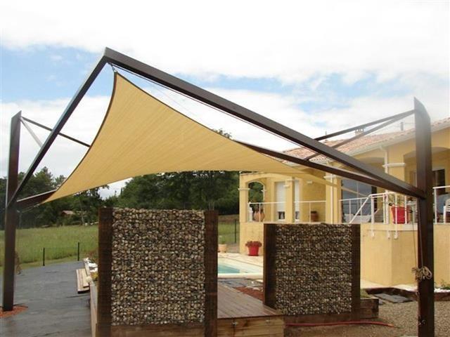 Les 25 meilleures id es de la cat gorie toile tendue terrasse sur pinterest piscines design - Toile auvent de terrasse ...