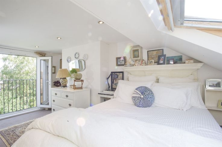 Kilburn, NW6, Loft Conversion, Loft Bedroom, Roof Lights, Sky Lights, Home Extension, Loft Design Ideas, Loft Conversion Ideas, Victorian Terrace Loft Conversion, London, Loft Balcony, Juliet Balcony