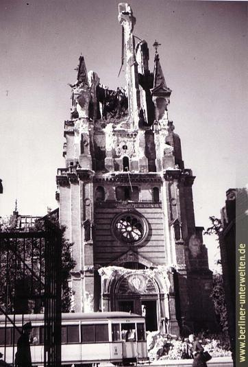 Berlin 1945 Ruine der Himmelfahrtkirche nach Kriegsende 1945