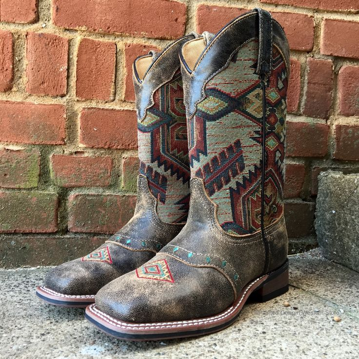 Laredo Women's Brown Scout Leather Aztec Square Toe Cowgirl Boots 5647