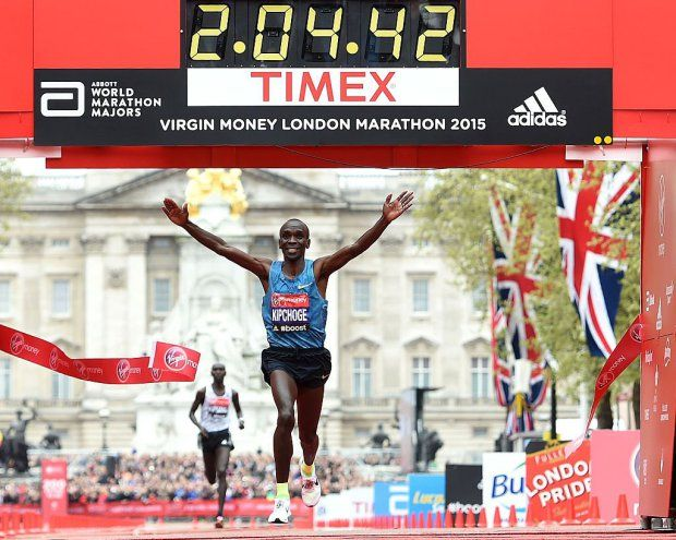 LONDON, ENGLAND - APRIL 26: Eliud Kipchoge of Kenya celebrates after winning the Men's race during the Virgin Money London Marathon on April 26, 2015 in London, England. (Photo by Tom Dulat/Getty Images)