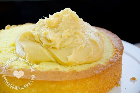 Receta Crema Pastelera para Bizcocho Dominicano: Una alternativa deliciosa y adulta para rellenar riquísimos pasteles, como nuestro bizcocho dominicano.