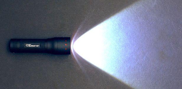 LED_Lenser_flashlight_sidebar
