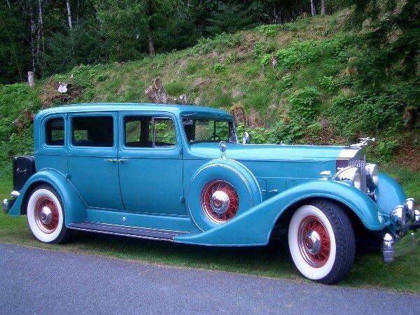 1934 v12 1107 5 passenger Sedan.