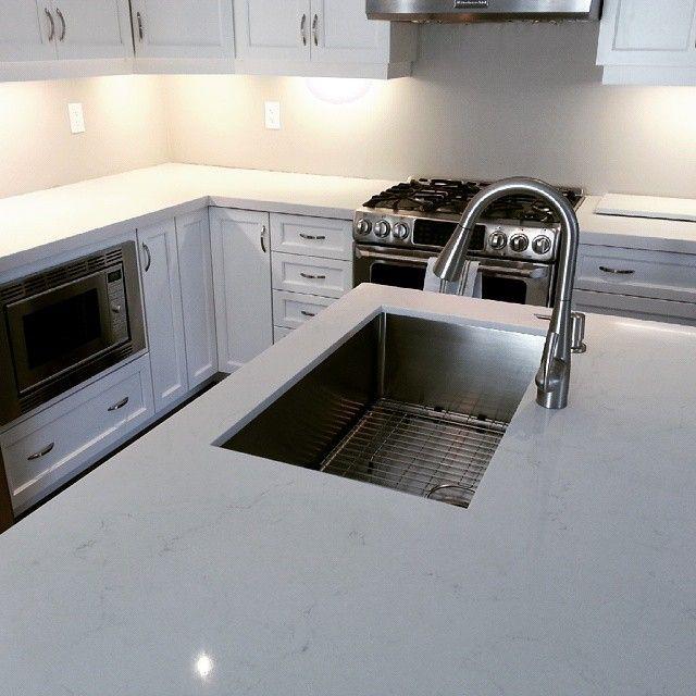 Modern Kitchen Quartz Countertops: 103 Best Caesarstone 5141 Frosty Carrina Images On
