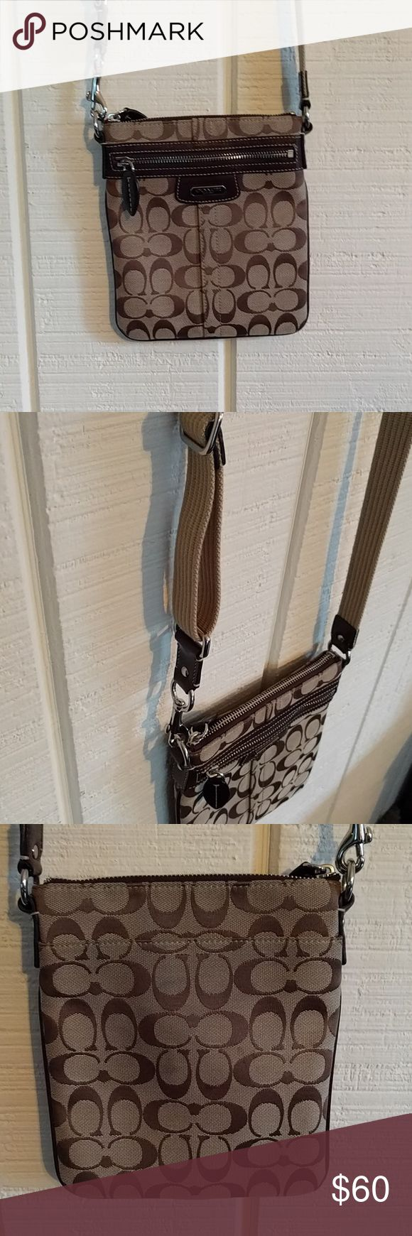 EUC Coach crossbody bag Coach crossbody bag! In great condition, minimal if any signs of wear. Clean interior. Cute leaf details on zippers. Cleaning out my closet to move. Will be closing closet soon due to moving/busy schedule so open to offers! Coach Bags Crossbody Bags