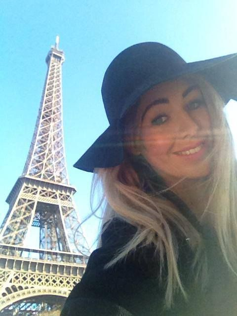 Eiffel tower selfie in Paris on my Christmas break