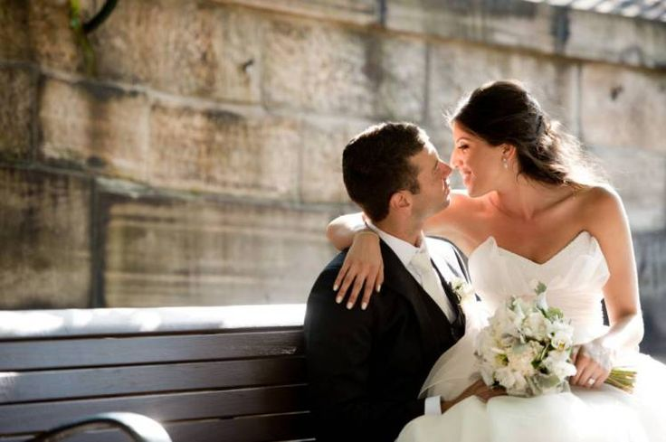 Here's how to keep wedding costs down