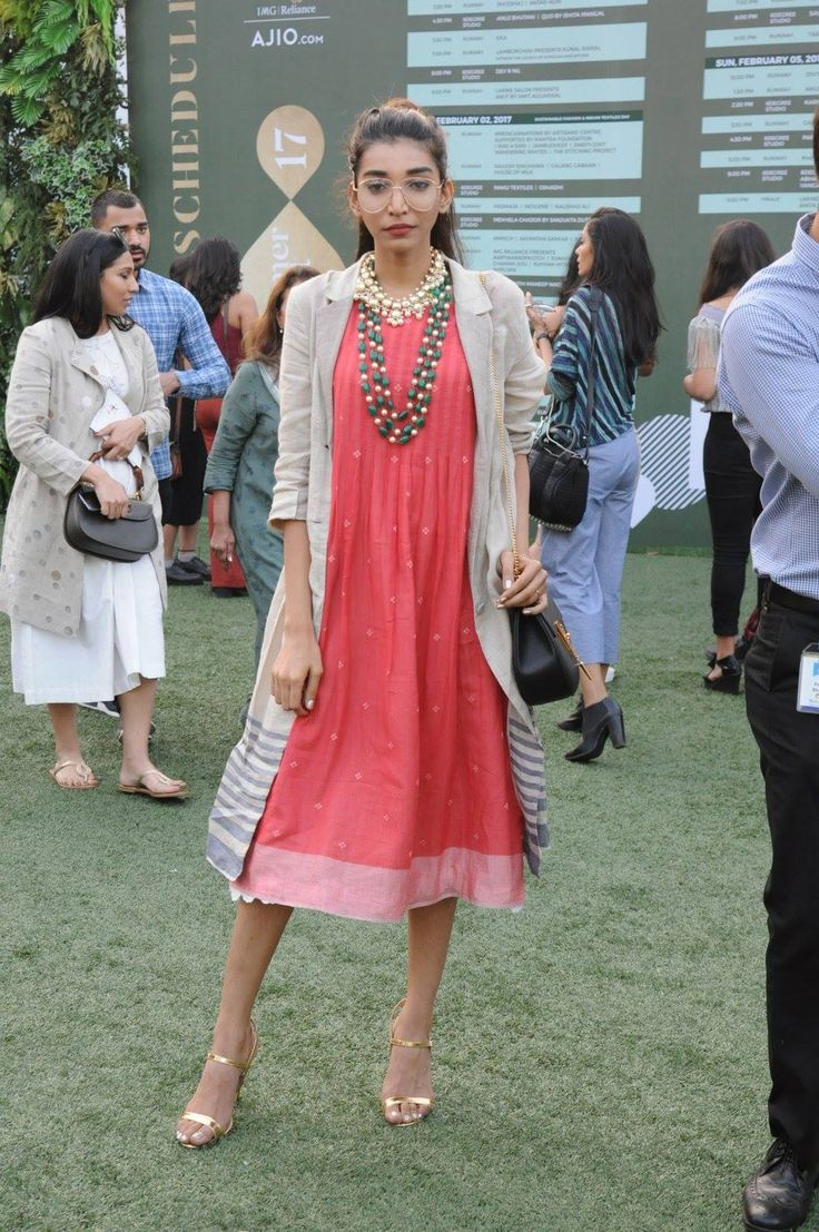 2017 fashion week dates - Voluminous Silhouettes Back In Trend Street Style Trend Spotting At Lakme Fashion Week Summer Resort 2017