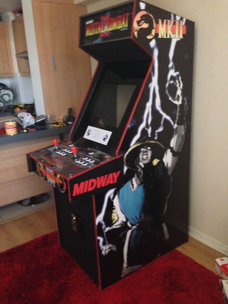 """Hola, soy de Chile quería mostrarles mi proyecto casero terminado """"Máquina arcade mortal kombat 2"""". Primero, conseguí los planos con las medidas originales de la máquina, y construirla con madera """"MDF 15MM"""". Segundo, conseguí las gráficas y las..."""