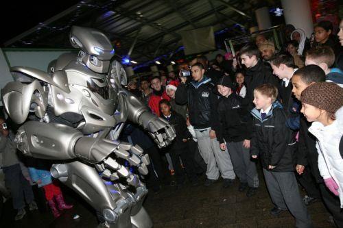 Костюмы роботов из титана