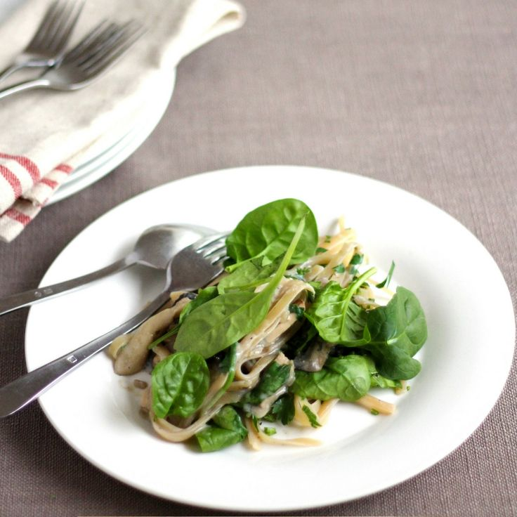 Mushroom, Spinach & Smoked Tofu Fettuccine. Click Visit for the recipe on our blog.