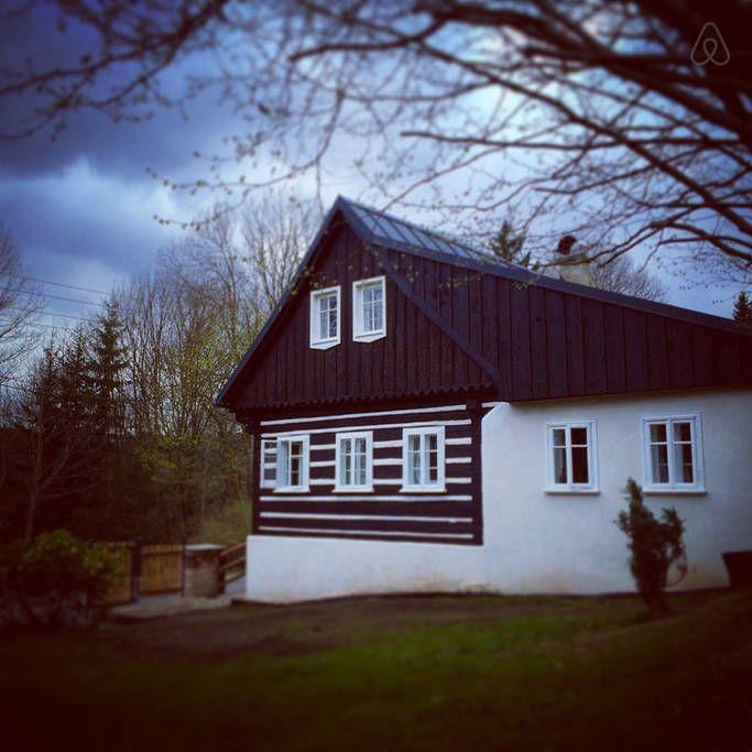 Schau Dir dieses großartige Inserat bei Airbnb an: Cosy cottage in Jizera Mountains in Josefův Důl