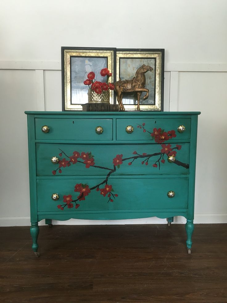 Hand painted antique dresser Annie Sloan chalk paints - 152 Best Humble Beginnings Restyled Antique Furniture Images On