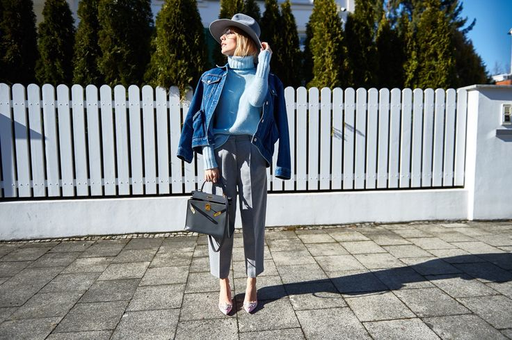 I need to do a #throwback for this blue/grey look wich fits so perfectly to my mood today. It's lovely outside- warm and sunny, and the touch of blue sky was definitely needed 😎☀💙| @acnestudio @balenciaga @miumiu