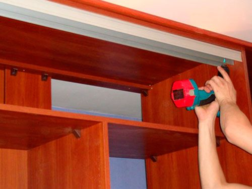 Встроенный шкаф купе своими руками