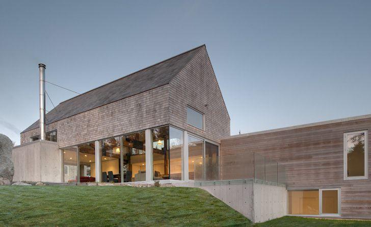 MacKay-Lyons Sweetapple Architects designed the Martin-Lancaster House, a beautiful cedar-clad, passive solar dwelling with stunning views of the Nova Scotia coast.