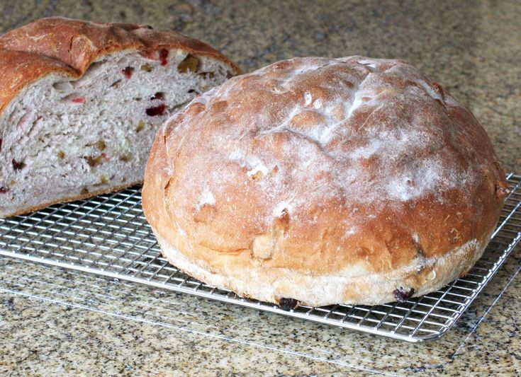 Flavorful Homemade Cranberry Walnut Bread