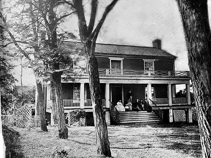 The Wilmer McLean House in Appomattox Court House, VA.  It was in this home that General Robert E. Lee surrendered his Army of Northern Virginia to General Grant on April 9, 1865.: Civil Wars, Lee Surrendered, April, Court House, Front Yard, Places, Mclean House