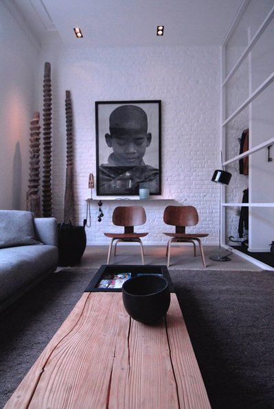 Modern Interior Design Bachelor Living Room With Brick Wall Oversize Pictures