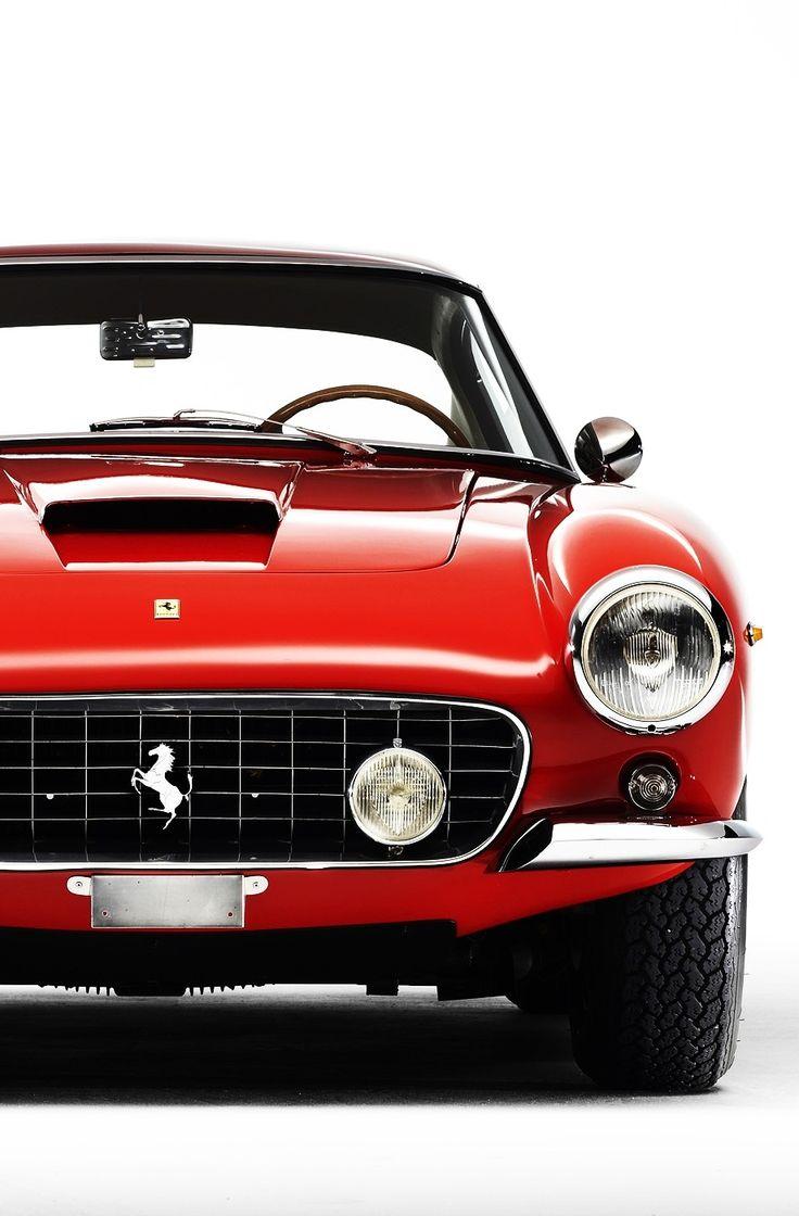 Ferrari 250 GTO.  Deportividad y Elegancia Italiana