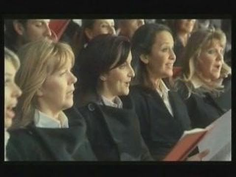 Choir perfectly in tune with car - Ad by Steve Sidwell