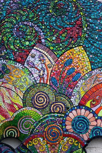 Unfurled, Detail, collaborative project designed by Lin Schorr, project manager Pam Goode, mosaic sections by 53 international mosaic artists