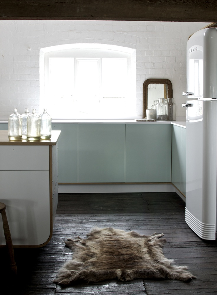 Air Kitchen: designed by DeVOL using HI-MACS®