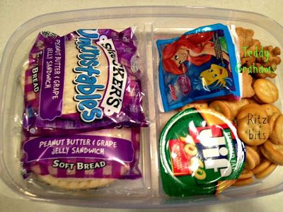 DIY Toddler Lunchables for long plane or car rides.
