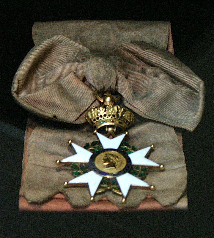 Napoleon's Legion of Honour (Légion d'Honneur) sash and badge.