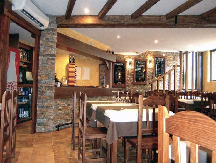 Restaurante Castro situado en el Camino de Santiago en Palas de Rei (Lugo) Galicia España