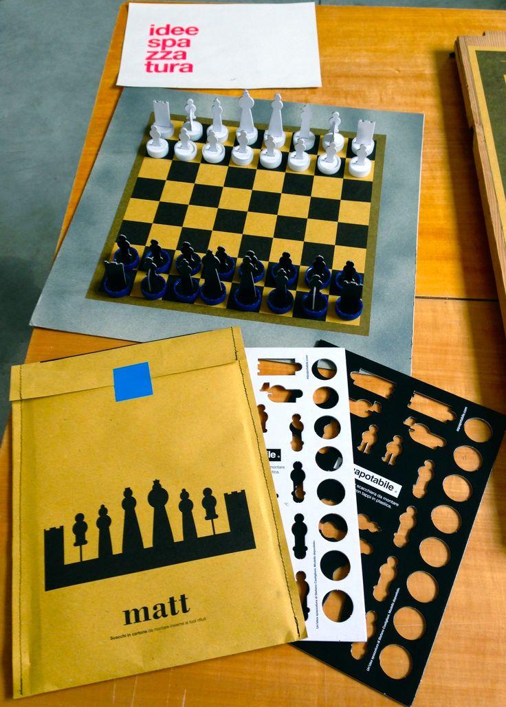 Matt - recycled cardboard chess - aquapotabile.com