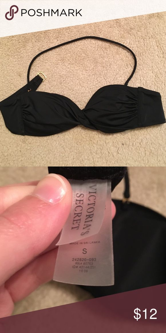 VS Beach Sexy twist bandeau bikini top Victoria's Secret strapless bandeau top with removable pads and optional halter strap. Black with gold hook closure. Size S. Victoria's Secret Swim Bikinis