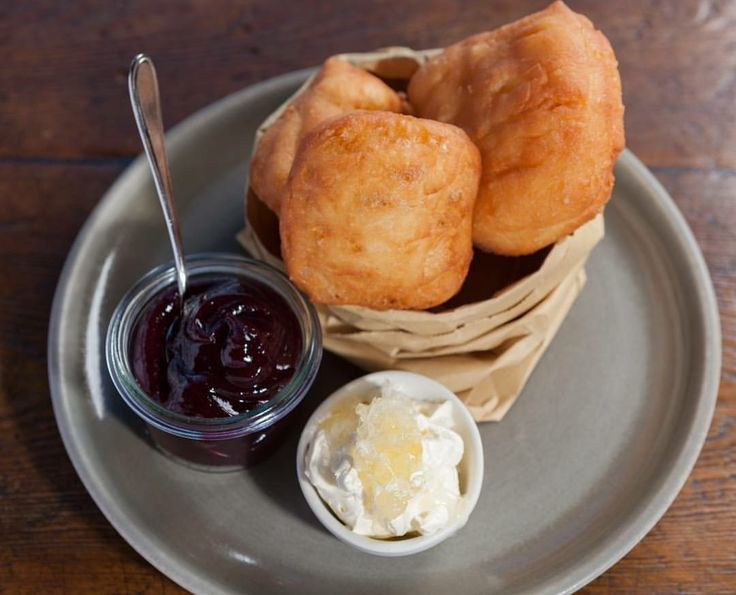 Freshly made Maori fry bread hmmmmm yummmmy! Home-made jam + Manuka honey whipped cream! Hiakai food tours 2017 with award-winning chef Monique Fiso! Watch this space  Discover modern Maori cuisine, cooked inside marae all around Aotearoa, NZ! Visit us today for our range of boutique NZ tours www.koruenterprises.net