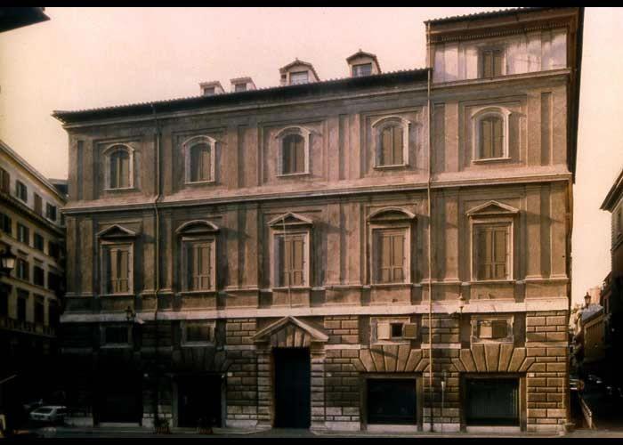 Palazzo Maccarani, Rome