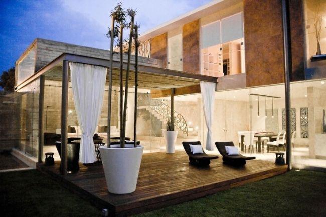 gestaltungsideen terrassen haus garten holzdeck überdachung - sitzgruppe im garten 48 ideen fur idyllischen essplatz im freien