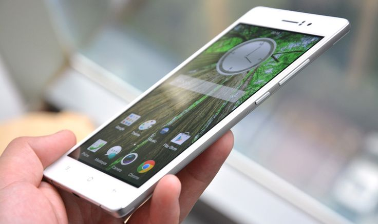 Oppo R5 is now the thinnest smartphone in the world, offered in a metal housing of only 4.85mm thick. http://smartphone-review.com/2014/10/4-85mm-thick-oppo-r5-thinnest-smartphone-world/
