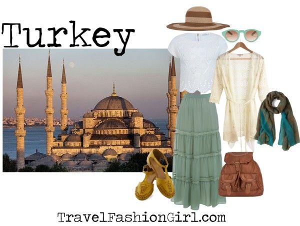 How to Dress for Conservative Countries: Modest Clothing Essentials TURKEY #travel #fashion #tips via TravelFashionGirl.com