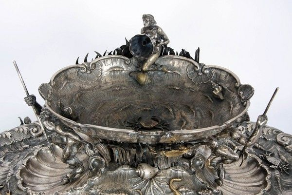 A fine silver table fountain