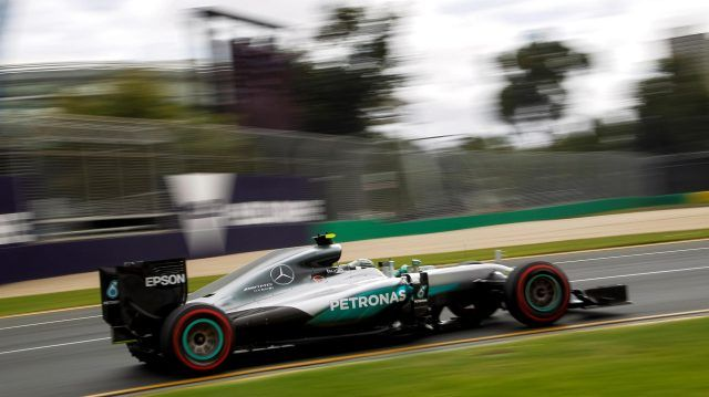 Nico Rosberg (GER) Mercedes AMG F1 W07  at Formula One World Championship, Rd1, Australian Grand Prix, Qualifying, Albert Park, Melbourne, Australia, Saturday 19 March 2016. © Sutton Motorsport Images