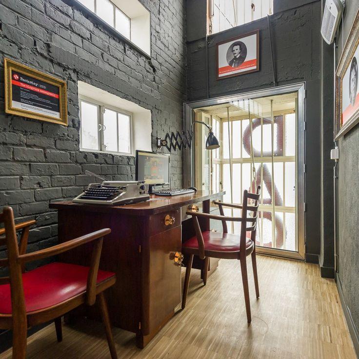Backstay Hostel is een prachtig Art Deco pand in het hartje van de stad. Zeker de moeite waard als je nog op zoek bent naar een gezellige overnachtigsplaats!