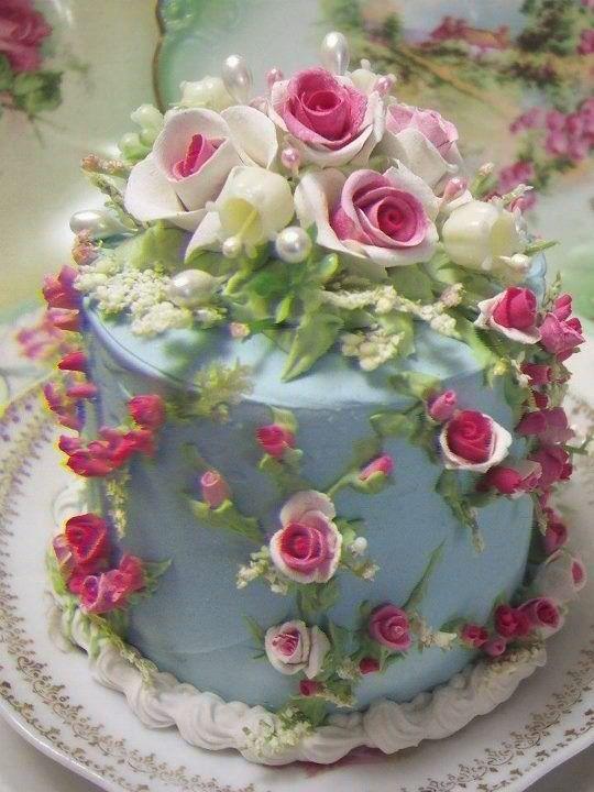 Simmone Logue Wedding Cakes