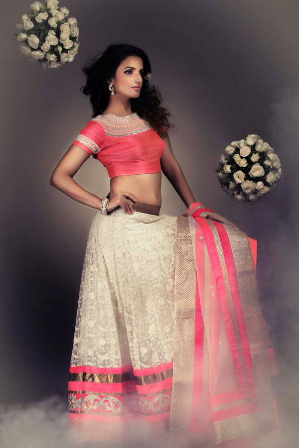 browse through casa 9 indian wedding dresses and lehenga collection at myshaadiin find the perfect wedding dress by casa 9