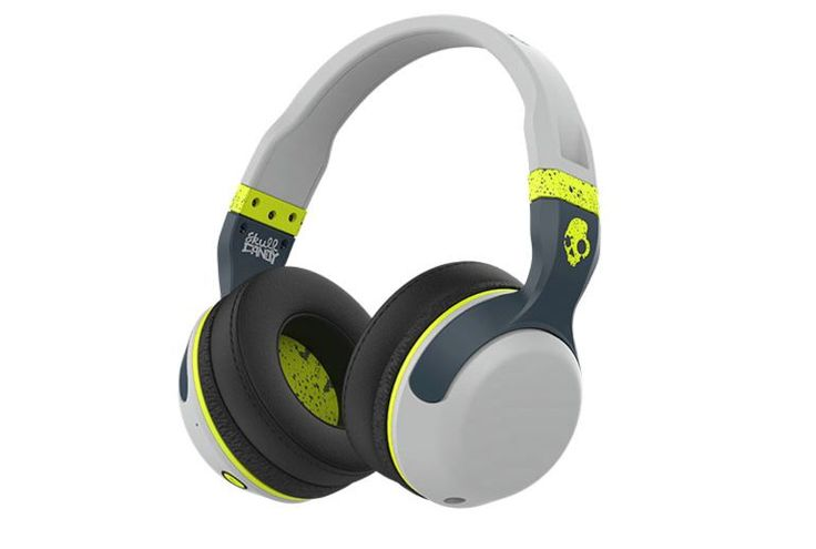 Skullcandy adds a new member to the Hesh 2 family with this Bluetooth version. Sporting synthetic leather ear cushions and a flexible headband, the headphones promise 15 hours of battery life.