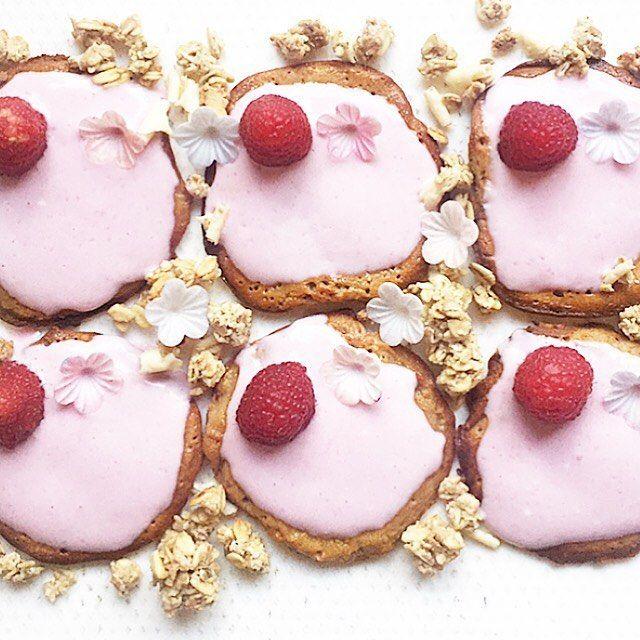 Sunday Pancake 🥞🌸💕 #goodmorning #pancakes #pancake #cake #pancakesunday #pancakeday #pancaketime #pancakelove #foodlover #breakfastlover #foodography #foodpassion #foodforlife #veganpancakes #veganbreakfast #veganfoodlovers #vegandessert #eatgood #fitfood #healthymom #healthybreakfast #fitfam #hannoverfood #lovefood #foodinspiration #breakfastlovers #eeeeeats #cakelover#healthykids #kidsfood
