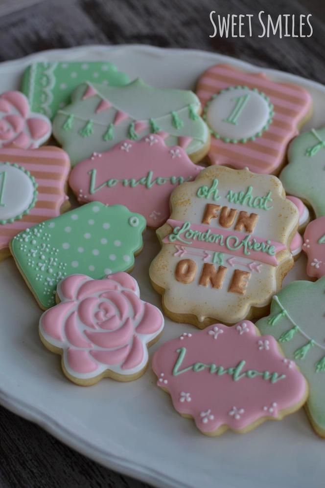 Shabby Chic Vintage Inspired Cookies by Sweet Smiles - pink, mint, gold