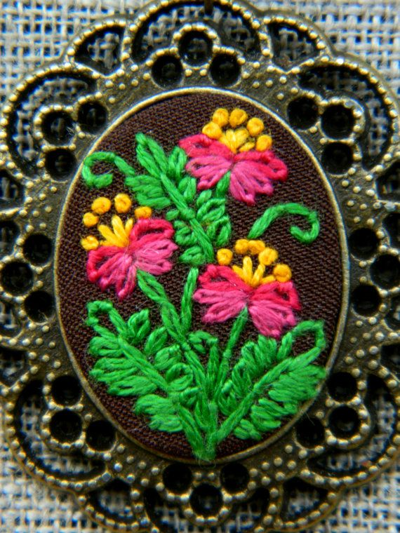 This floral embroidery necklace is your perfect jewel for everyday and holidays! It is hand embroidered onto quality fabric with cotton embroidery