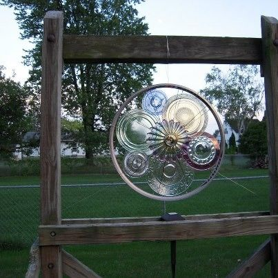 using bicycle wheel and glass plates